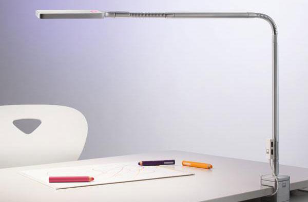 schreibtischlampen mit dem richtigen licht besser lernen. Black Bedroom Furniture Sets. Home Design Ideas
