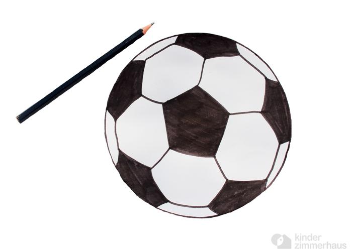 Einladungskarten zum Geburtstag einfach selber basteln: Fussball
