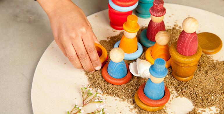 natürliches Holzspielzeug von Grapat