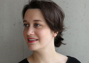 Angelika Hinz, Einrichtungsberaterin