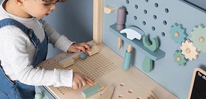 Little Dutch Werkbank mit Zubehör im Kinderzimmerhaus