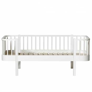 oliver-furniture-junior-bettsofa-wood-weiSS 041450-1