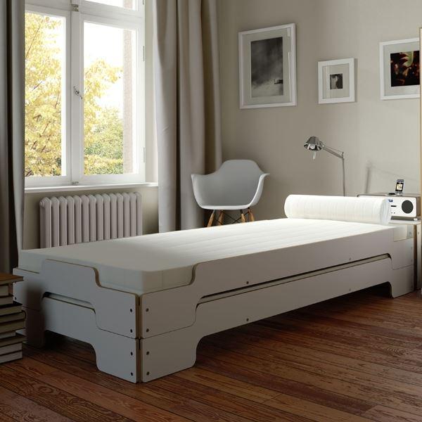 Stapelliege Weiß Komforthöhe mit Birkenkante