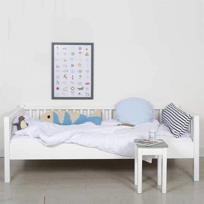 Isle of dogs sofabett 90 x 200cm kinderzimmerhaus for Zimmer 75 00 37