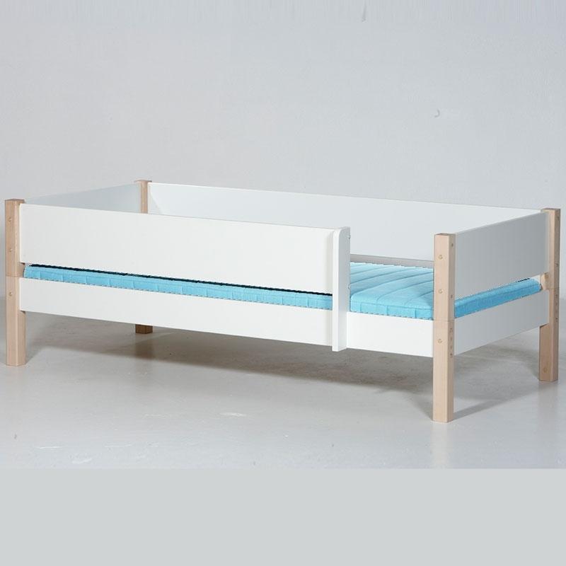 Kinderbett 90x200 weiß rausfallschutz  Manis-h Kinderbett Odin Weiß - 90 x 200 cm