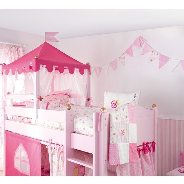 rose wimpelgirlande annette frank. Black Bedroom Furniture Sets. Home Design Ideas