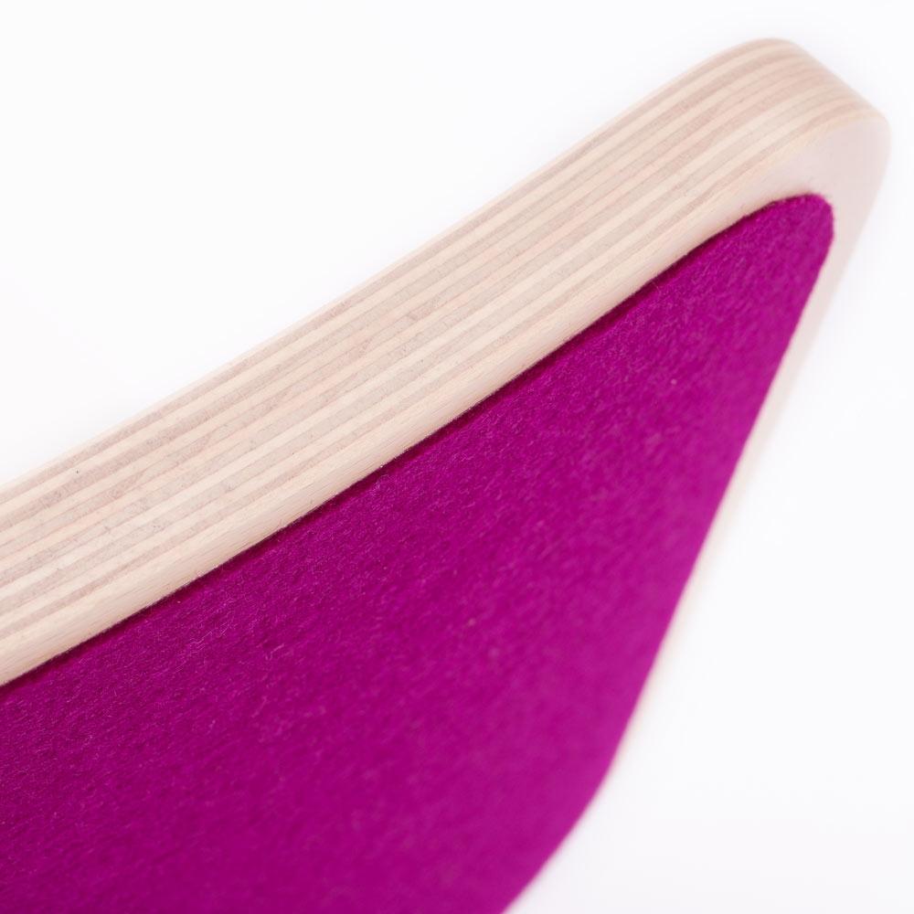 wobbel balance board leinen wei mit filz kinderzimmerhaus. Black Bedroom Furniture Sets. Home Design Ideas