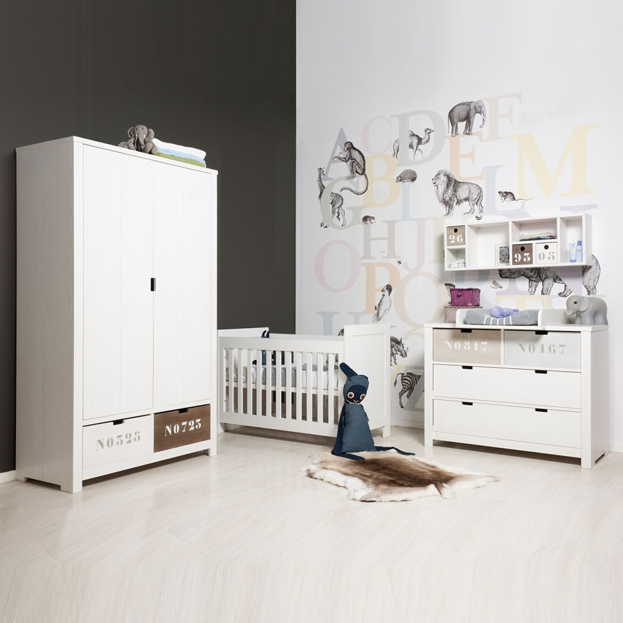 basic wood schrank 2 t ren kinderzimmerhaus. Black Bedroom Furniture Sets. Home Design Ideas