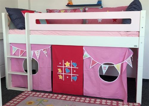 Manis-h Spielbett im Kinderzimmerhaus